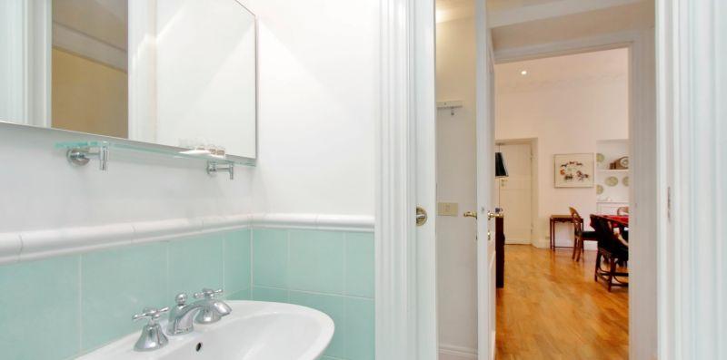 CROCE ROMA - Elegante ed esclusivo appartamento per 6  - Weekey Rentals