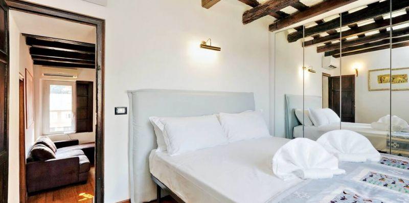 GARIBALDI 2 ROMA - Attico panoramico con splendida terrazza per 4  - Weekey Rentals