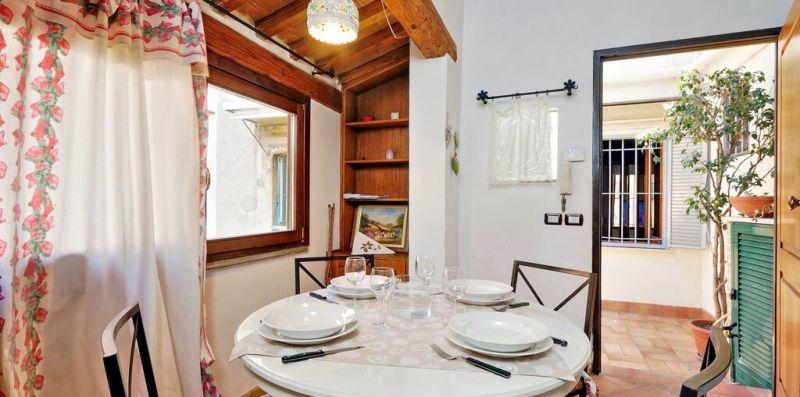 LUNGARETTA 2 ROMA - Comodo e delizioso appartamento per 6  - Weekey Rentals
