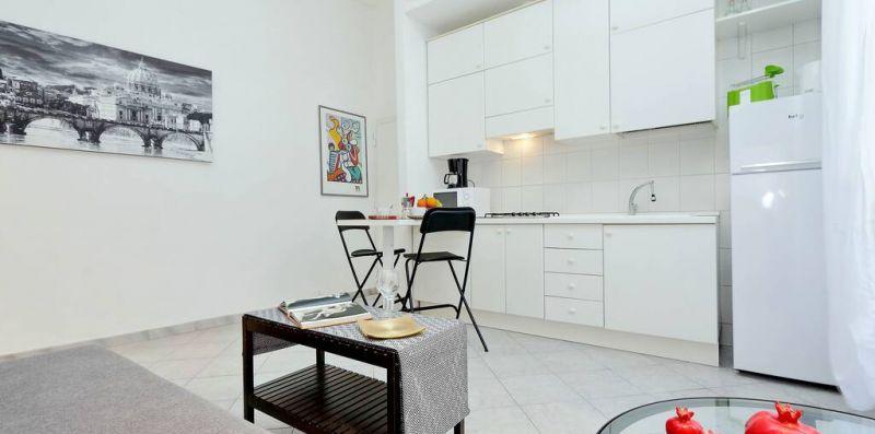 LUNGARETTA 4 ROMA - Luminoso appartamento per 4 con terrazzo  - Weekey Rentals
