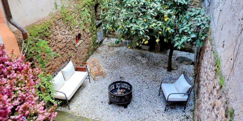 SAN CALLISTO ROMA - Palazzetto del 600 con giardino privato per 6  - Weekey Rentals