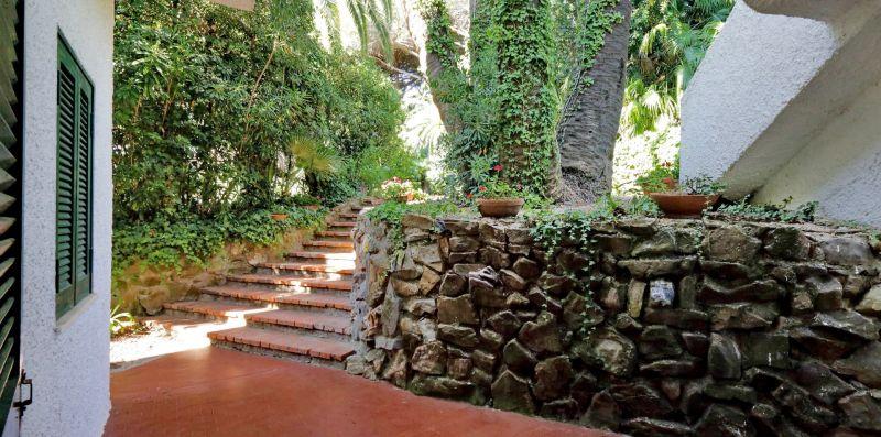 VILLA EMMA SANTA MARINELLA - Splendida villa per 8 persone con vista sul mare - Weekey Rentals