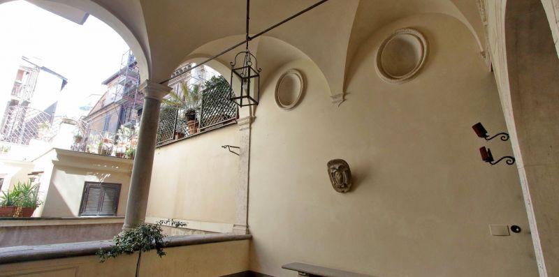 Arco de Cenci - Weekey Rentals