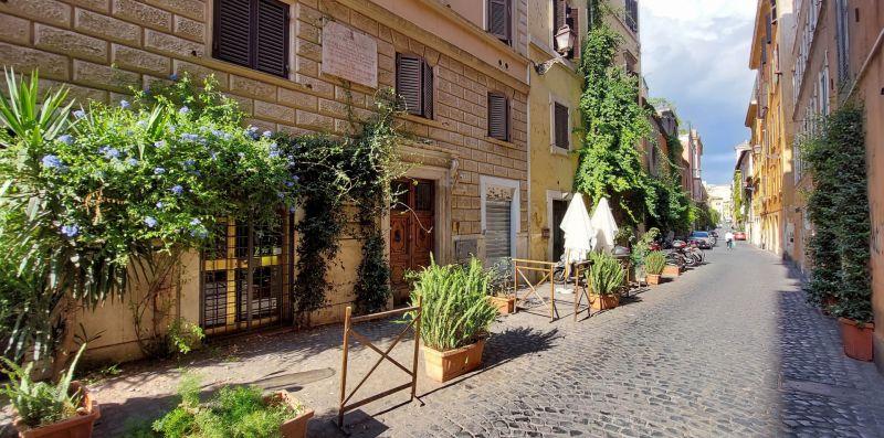 Baccina - Comodo bilocale nel caratteristico Monti, vicino al Colosseo - Weekey Rentals
