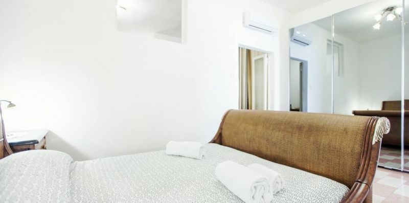 CAMPO ROMA - Caratteristico appartamento per 5 con vista su Campo de Fiori - Weekey Rentals