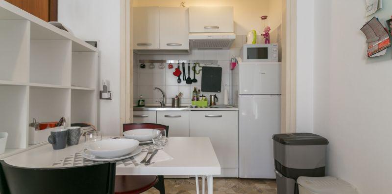 bitti · Cozy studio Air cond netflix parking - We Rent Italy