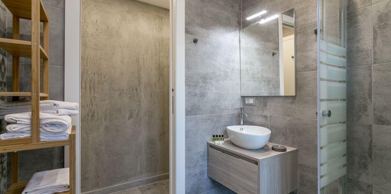 Central Station - Elegant Flat wifi/netflix/ac - We Rent Italy