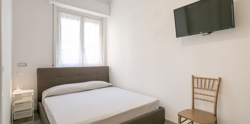 A modern nest In Milan! - NETFLIX wifi AC - We Rent Italy