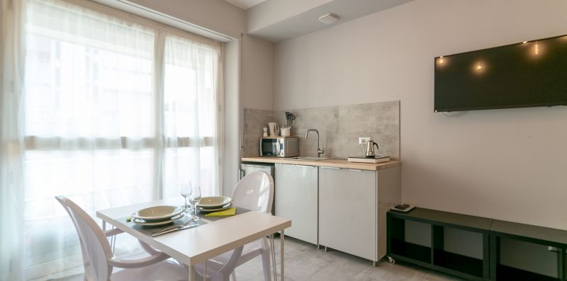 Chic apartment! - Central Station wi-netflix-AC - We Rent Italy