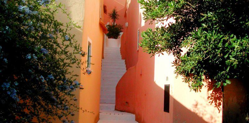 Villa con vista mozzafiato a Porto Cervo - YOUCOMEHERE SRLS