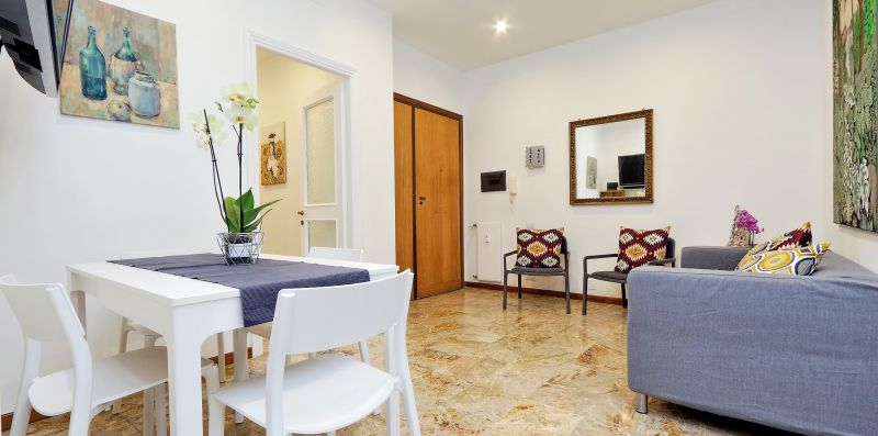 COZY FLAT FOR 8 PEOPLE CLOSE TO TRASTEVERE - YOUCOMEHERE SRLS