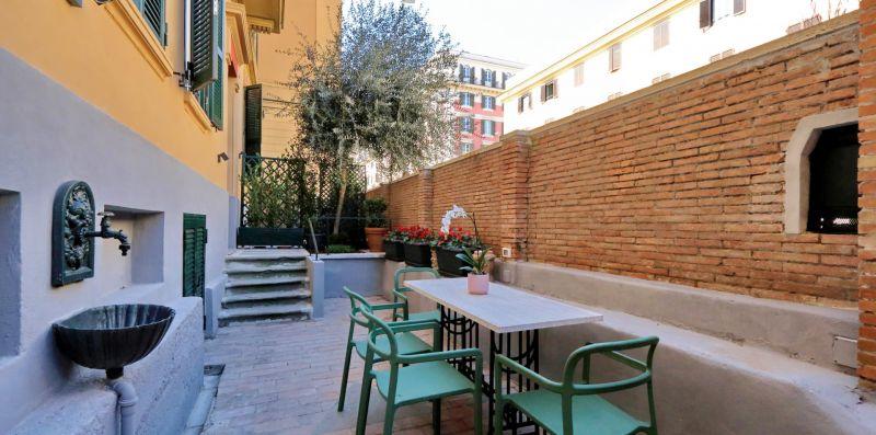 Delizioso con piccolo giardino vicino Vaticano - YOUCOMEHERE SRLS