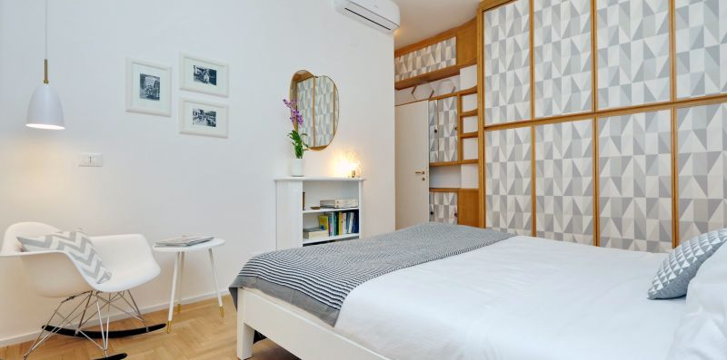 COLOSSEUM ELEGANT FLAT FOR 8 PEOPLE - YOUCOMEHERE SRLS